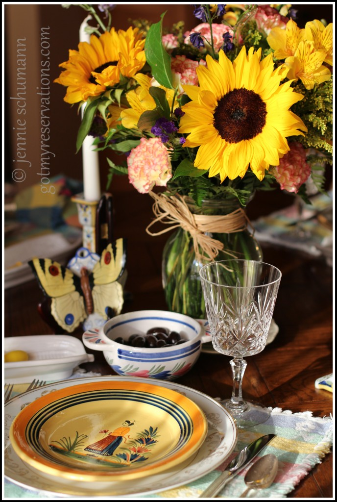 GotMyReservations -- Sunflower Tablescape Vertical