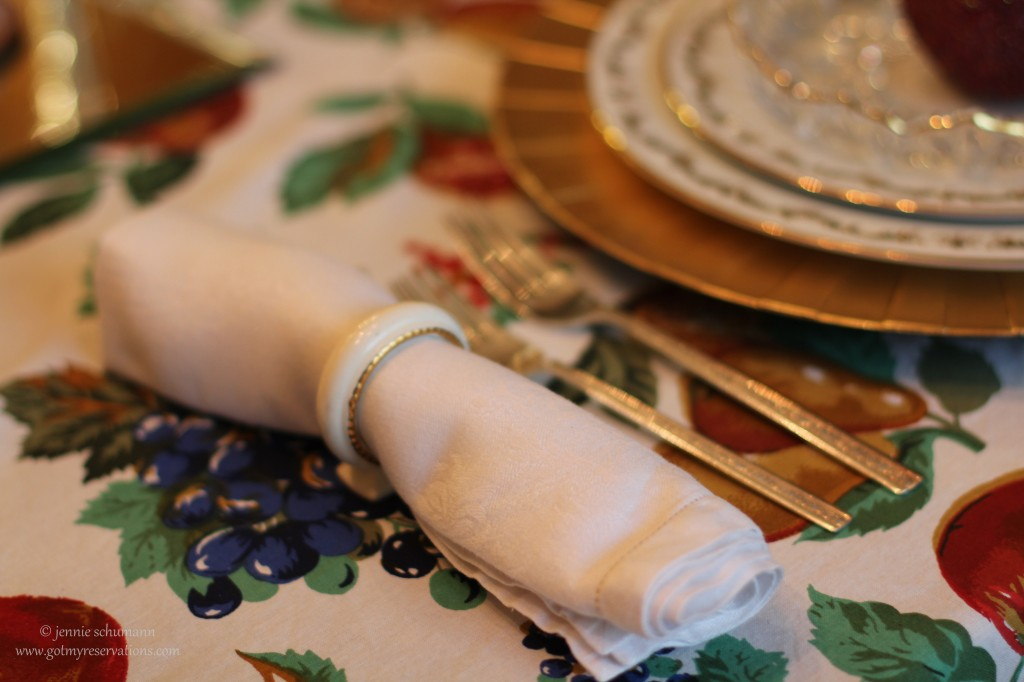 GotMyReservations -- Apple Fantasy Napkin Rings 2