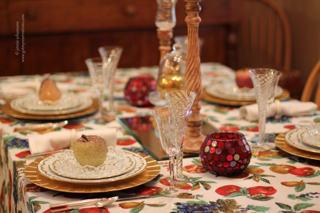 GotMyReservations -- Apple Fantasy Tablescape 2