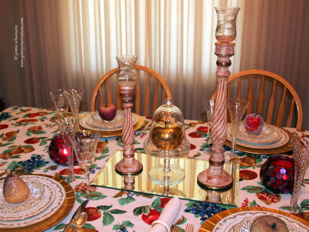 GotMyReservations -- Apple Fantasy Tablescape 7