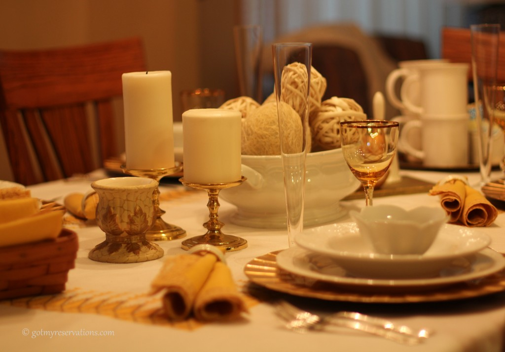 GotMyReservations - Falling into White and Gold Tablescape