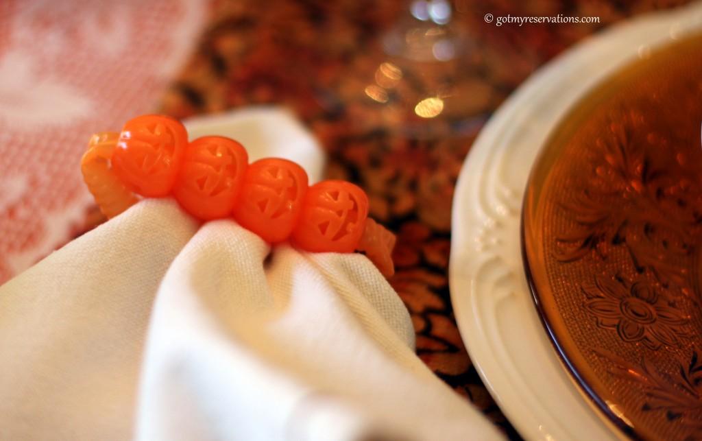 GotMyReservations - Pumpkin Delight Tablescape Napkin Ring