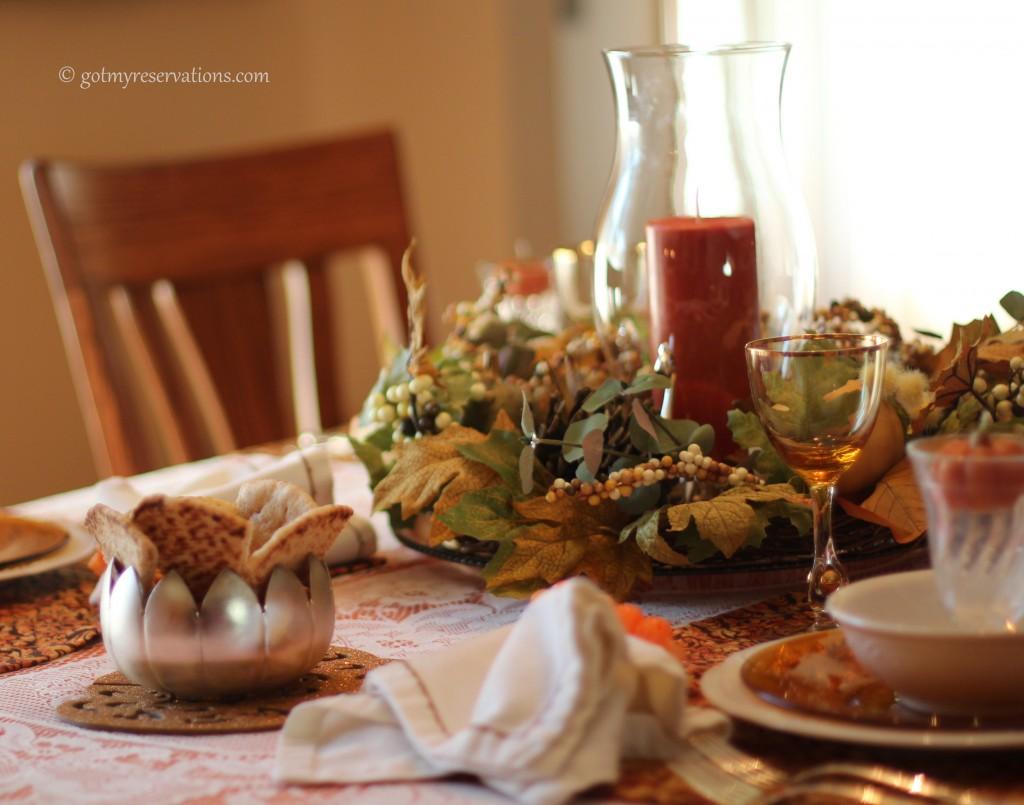 GotMyReservations - Pumpkin Hummus Serving Bowl