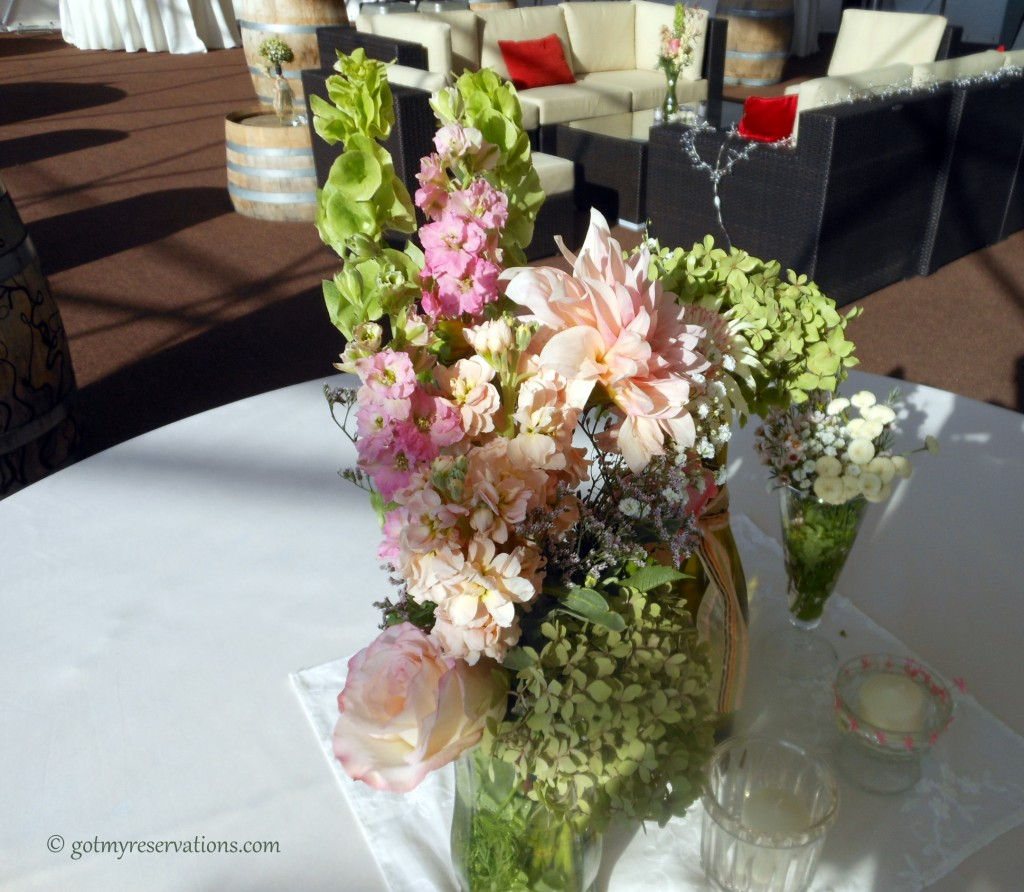 GotMyReservations -- Winery Wedding Centerpiece (2)