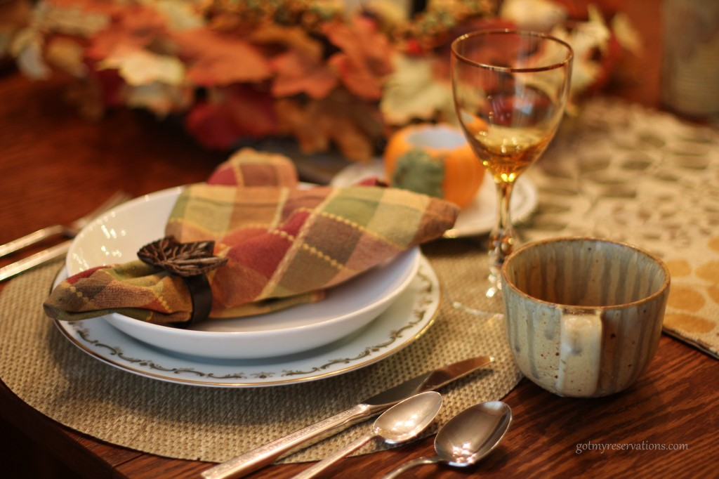 GotMyReservation Falling Leaves Place Setting 2