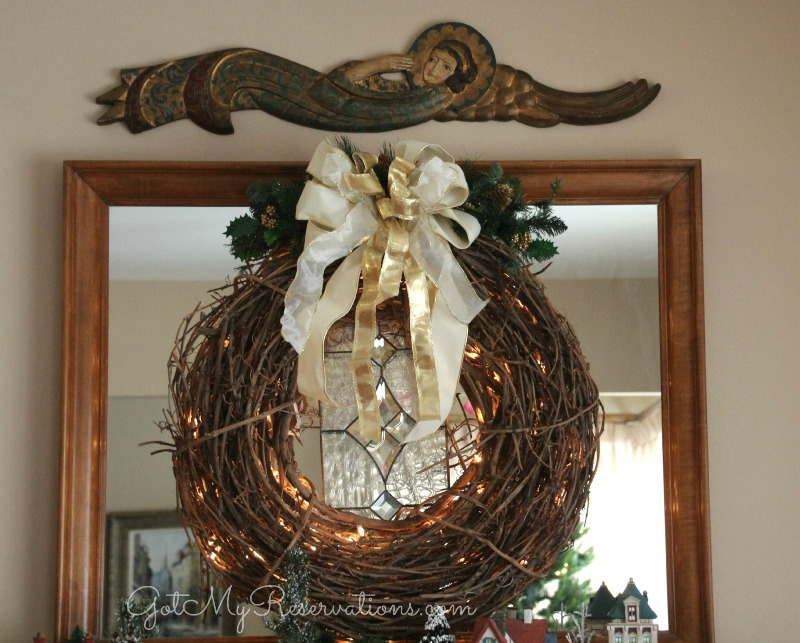 GotMyReservations Grapevine Wreath