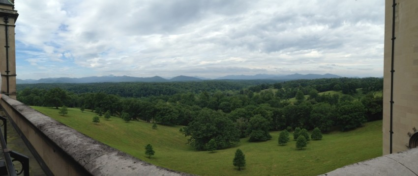 GotMyReservations Biltmore View of Blue Ridge Mountains Panorama