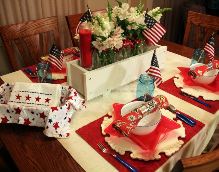 GotMyReservations Stars and Stripes Tablescape 3