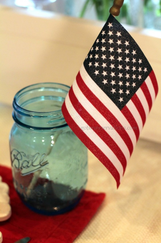 GotMyReservations Stars and Stripes Tablescape Flag and Ball Jar