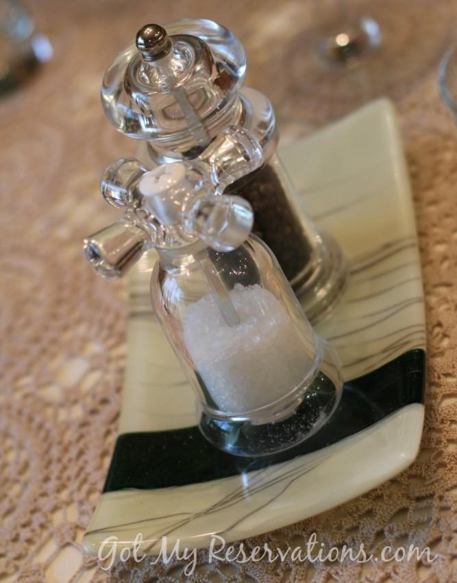 GotMyReservations Summer Green Fused Glass Salt and Pepper