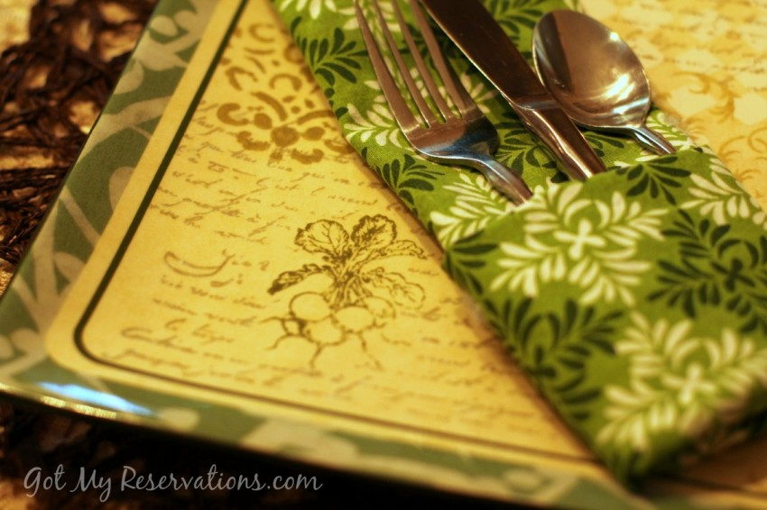 GotMyReservations Summer Green Plate and Napkin